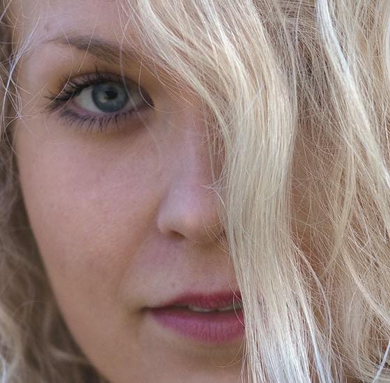 Laulaja-lauluntekijä Laura Moisio