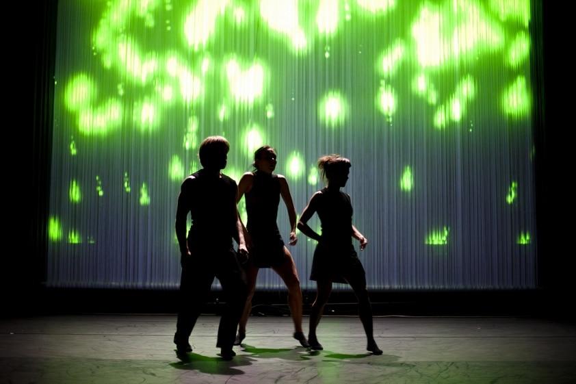Tanssivirtaa, kuva Miikka Heinonen